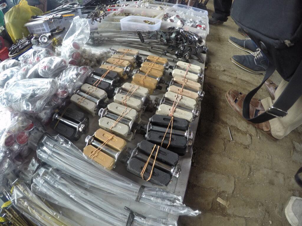 Markt namaak Fongers en Gazelle pedalen