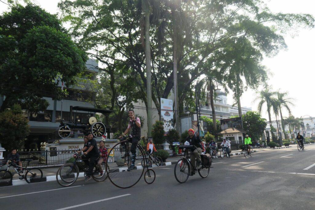 Tocht door Bandung